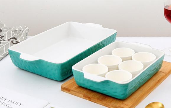 Ceramic baking tray and bowl set